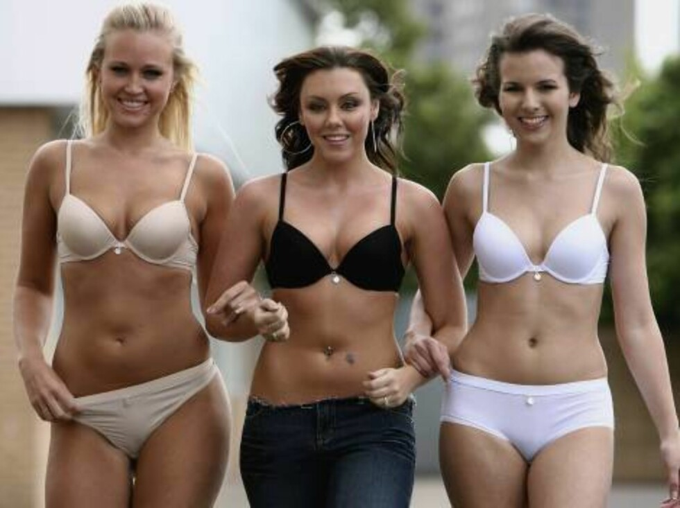 GLASGOW, UNITED KINGDOM - JUNE 2:  Michelle Heaton of Liberty X (C) and 2 models launch a 'revolutionary' new bra designed by creator of Ultimo gel bra, Michelle Mone on June 2, 2006 in Glasgow, Scotland.  (Photo by Jeff J Mitchell/Getty Images) *** Local Foto: All Over Press