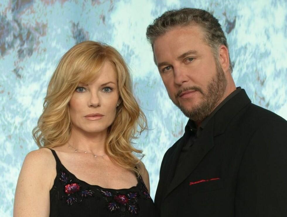 SPENNING: Marg Helgenberger and William Petersen i CSI. Foto: CBS