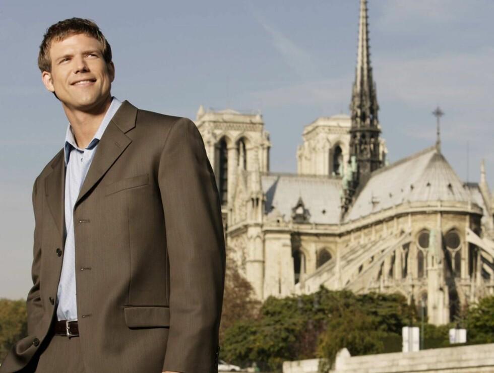 TANGO I PARIS: Travis har 12 damer å velge i. Men fire må ut! Foto: TVNORGE