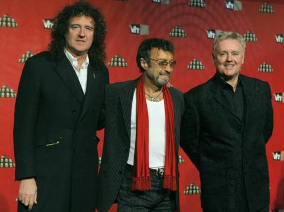 Brian May, left, Paul Rodgers, center, and Roger Taylor of rock band Queen pose for photographers as they arrive for the VH1 Rock Honors concert in Las Vegas on Thursday, May 25, 2006.  (AP Photo/Jae C. Hong) Foto: Scanpix, AP