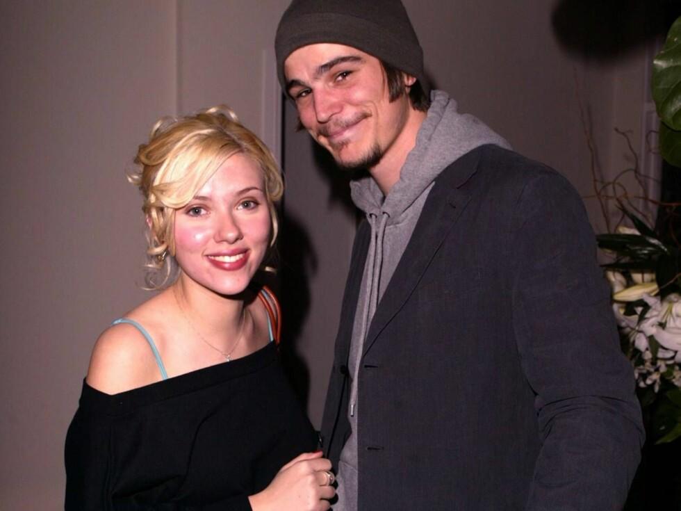 STJERNEPAR: Josh og Scarlett har vært sammen i ett år, og har angivelig et av Hollywoods mest solide forhold. Foto: All Over Press