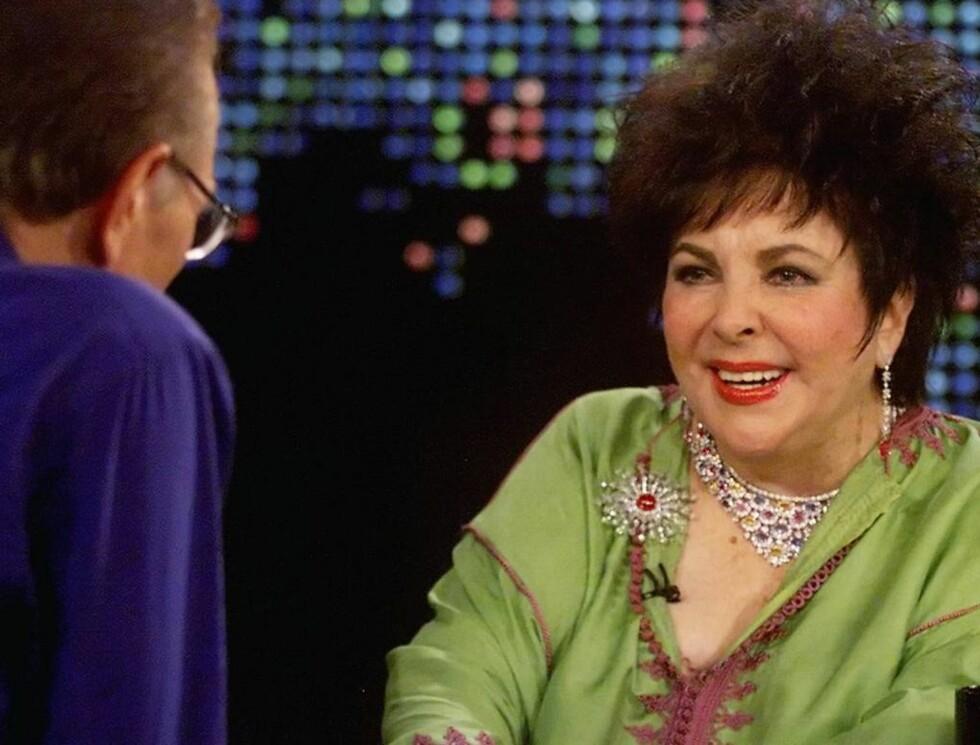 <strong>VANTRO:</strong> - Ser jeg ut som jeg er døende, sier Elizabeth Taylor til Larry King. Foto: AP/Scanpix