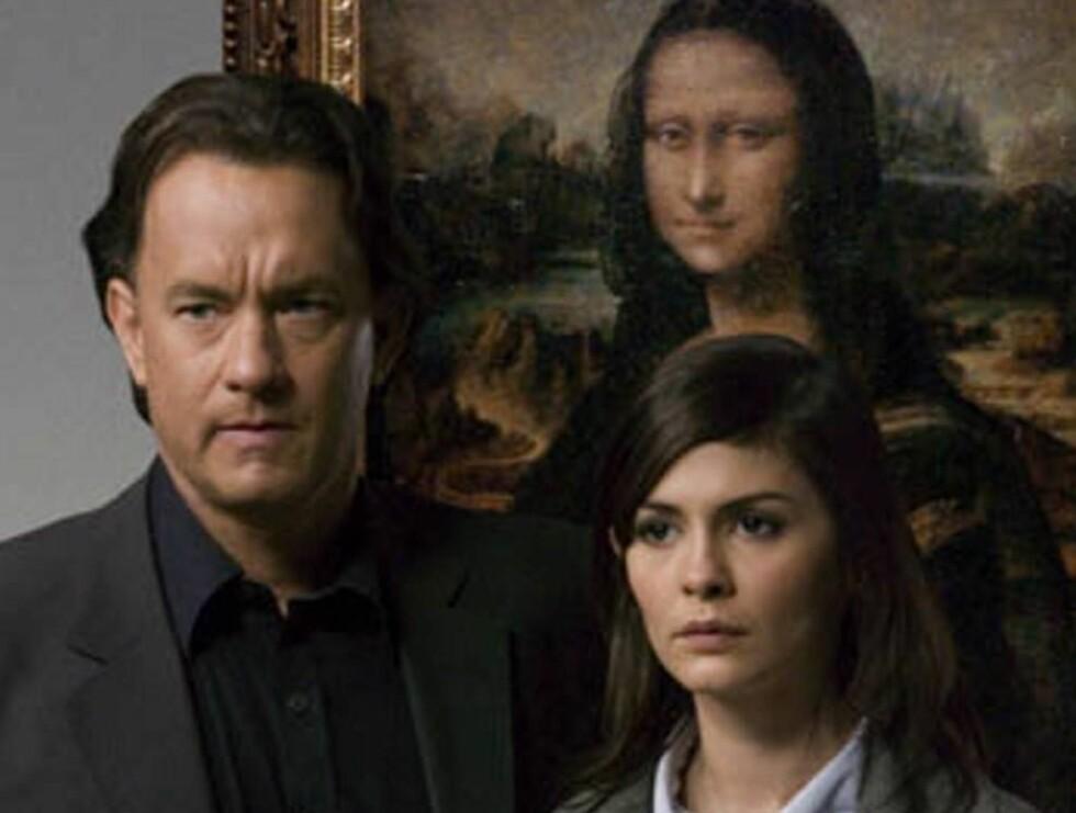 KONTROVERSIELL: Robert Langdon og Sophie Neveu, spilt av Tom Hanks og Audrey Tautou, jakter på sannheten om Jesu liv. Foto: Filmweb
