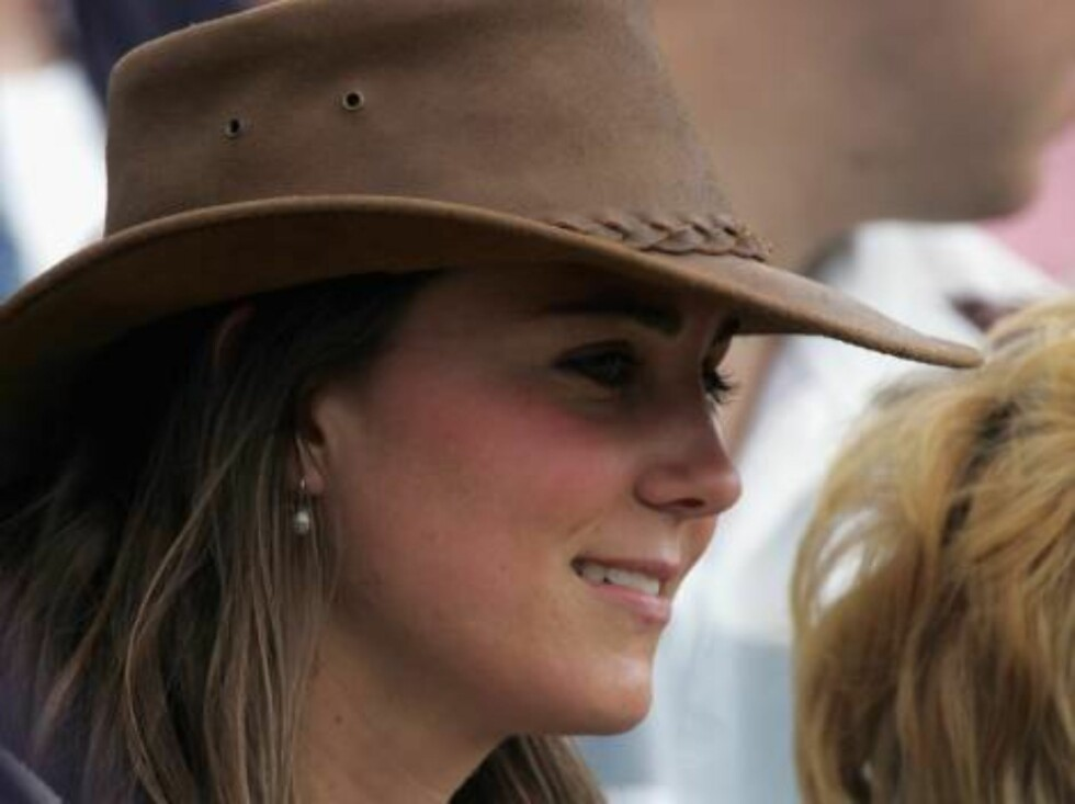 TETBURY, ENGLAND - AUGUST 6: Kate Middleton, girlfriend of Prince William, watches the events in the main arena, on the second day of the Gatcombe Park Festival of British Eventing at Gatcombe Park, on August 6, 2005 near Tetbury, England.(Photo by Matt C Foto: All Over Press