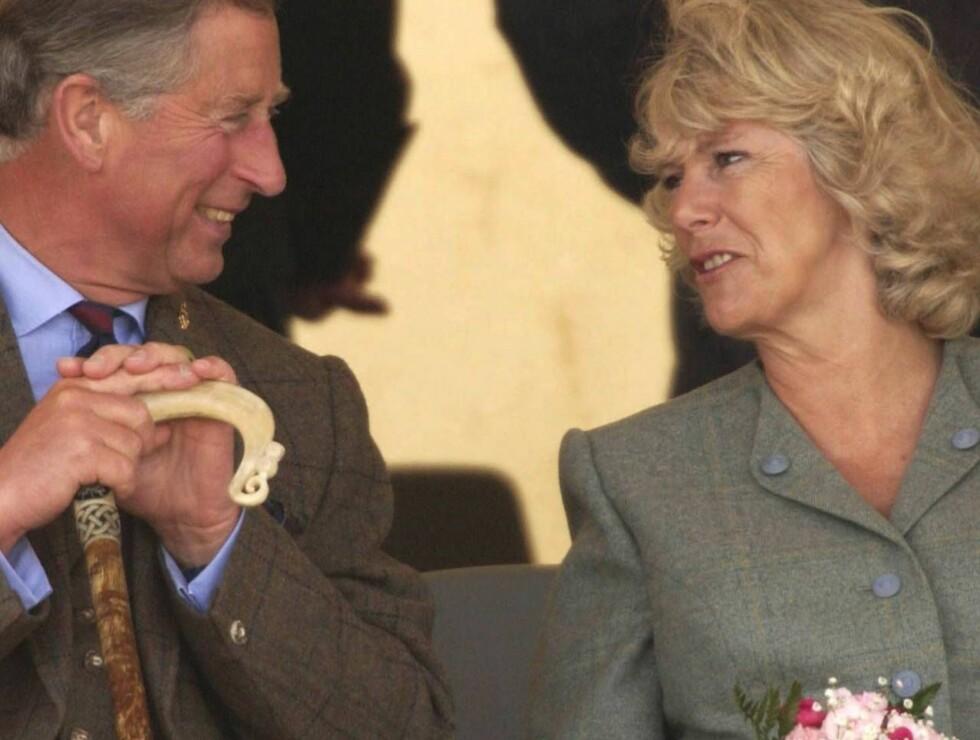 EKTE LYKKE: Charles og Camilla storkoser seg sammen. De har samme røffe humor, og samme interesser. Foto: All Over Press