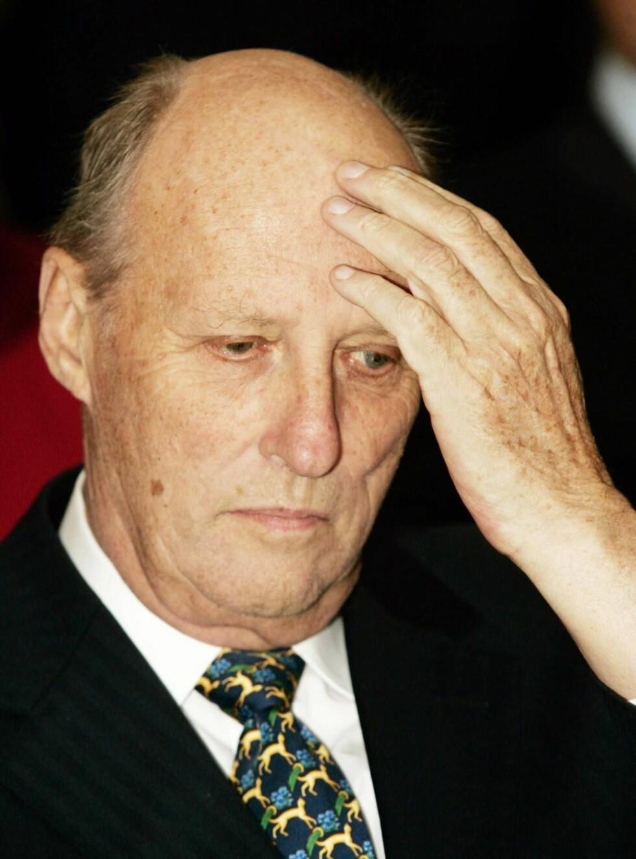 FRYKTER SYKDOM: Etter kong Haralds sykdom de siste årene, har både han og dronning Sonja tatt i bruk trygghetsalarm. Foto: All Over