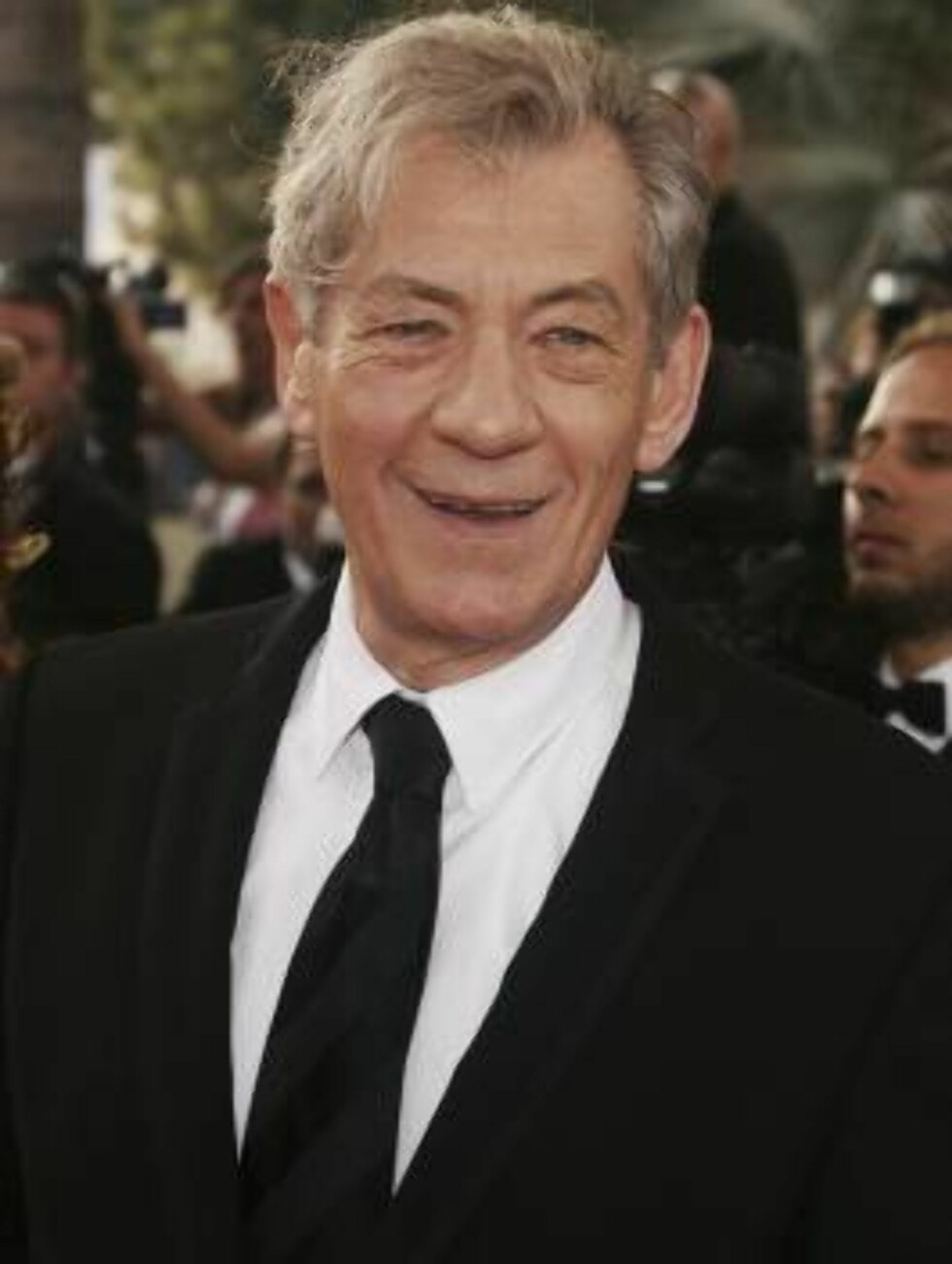 "CANNES, FRANCE - MAY 17:  Actor Sir Ian McKEllen attends ""The Da Vinci Code"" World Premiere & Opening Gala at the Palais during the 59th International Cannes Film Festival May 17, 2006 in Cannes, France.  (Photo by Pascal Le Segretain/Getty Images) *** Lo Foto: All Over Press"