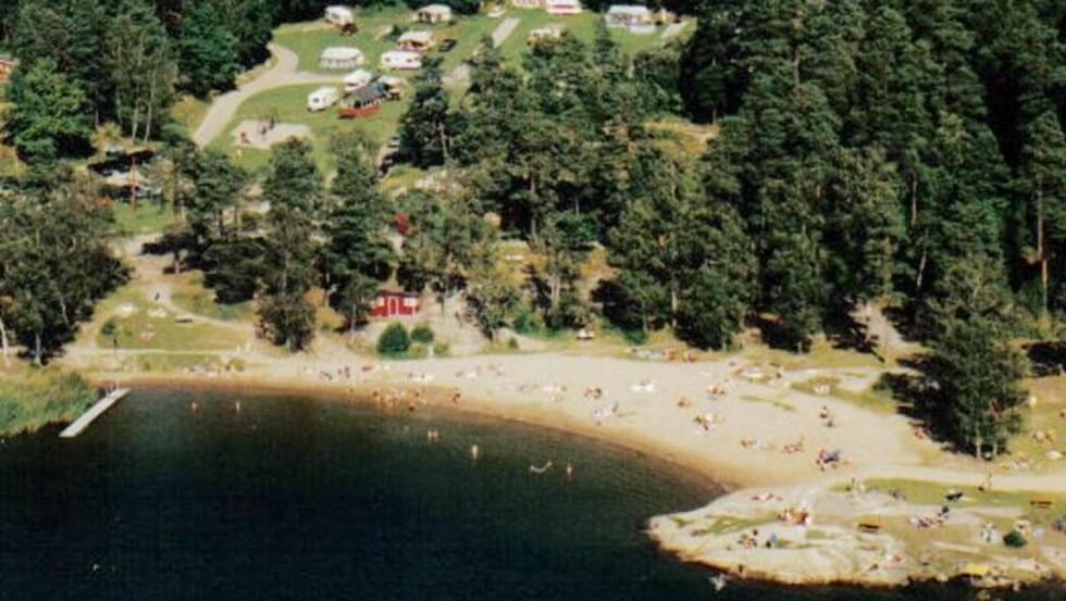 SKJÆRGÅRDSIDYLL: Waxholm Camping ligger fint til nede ved vannkanten, bare 30 minutter fra Stockholm. Foto: Waxholm