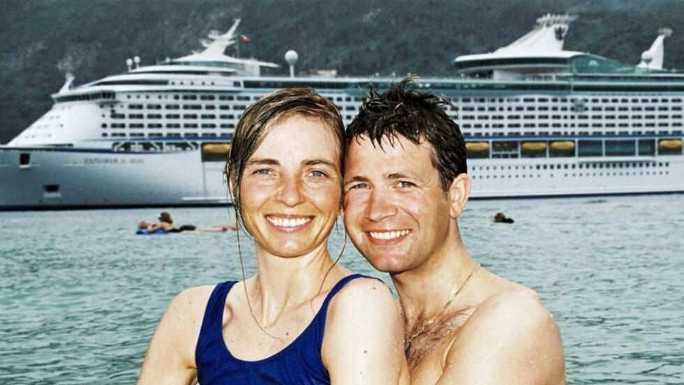 KJÆRLIGHETSFERIE: Etter OL i Salt Lake City i 2002, dro Ole Einar Bjørndalen og hans kjære Nathalie på cruise med Explorer Of The Seas. Foto: Se og Hør