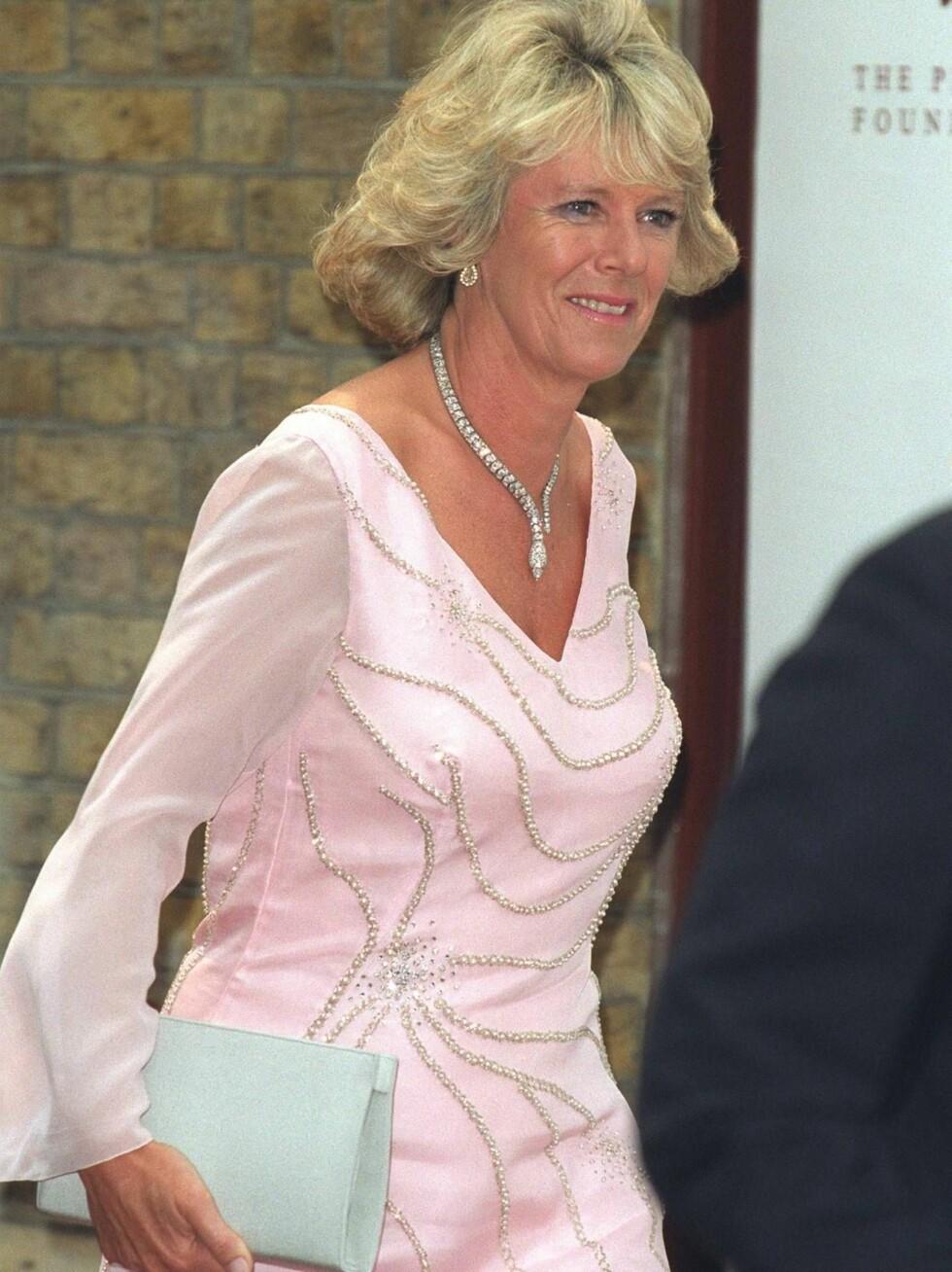 STRÅLER: Camilla er plutselig blitt flott, sier magasinet Tatler. Foto: All Over