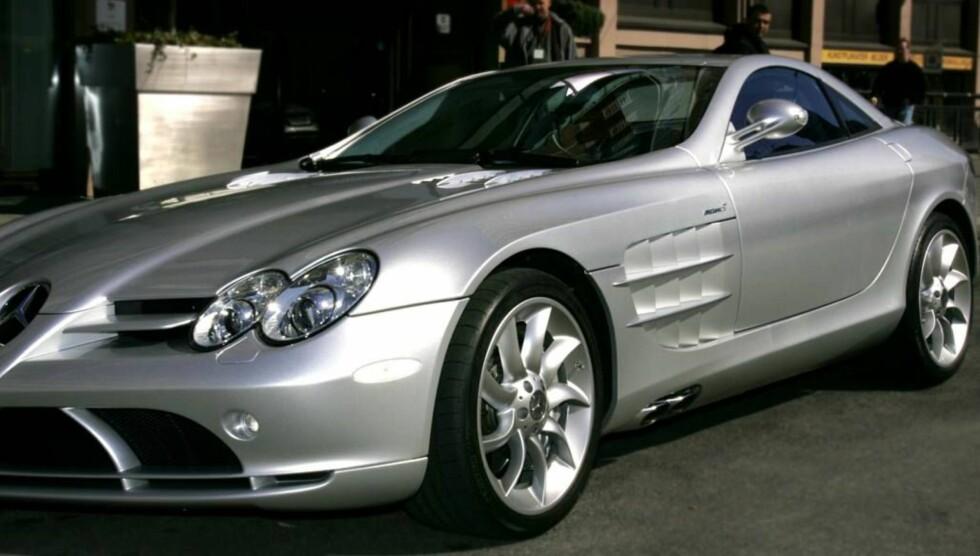 Stor bil: Nærmere 5 millioner brukte Stordalen på denne doningen - en Mercedes SLR McLaren. Foto: Henning Jensen