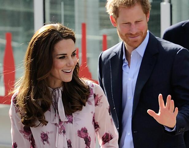 STØTTER SVOGEREN: Hertuginne Kate skal være svært lykkelig på prins Harrys vegne. Forrige uke ble det bekreftet at han hadde funnet kjærligheten med den amerikanske skuespilleren Meghan Markle. Foto: Aurore Marechal/ABACAPRESS.COM, NTB scanpix