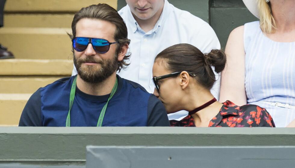 TURTELDUER: Bradley Cooper og Irina Shayk koste seg sammen på Wimbledon i starten av juli i fjor. Foto: Zuma Press / NTB Scanpix