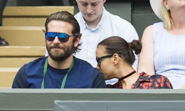 TURTELDUER: Bradley Cooper og Irina Shayk koste seg sammen på Wimbledon i starten av juli. Foto: Zuma Press / NTB Scanpix