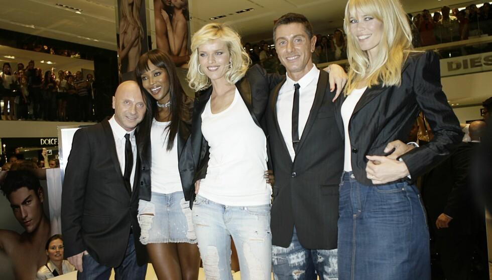 STJERNEDESIGNERE: Domenico Dolce og Stefano Gabbana har kledd opp flere av verdens mest kjente kvinner og menn. Her er de med med supermodellene Naomi Campbell, Eva Herzigova og Claudia Schiffer. Foto: Scanpix.