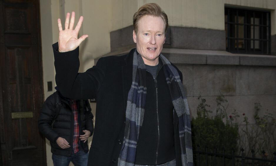STOR STJERNE? Årets Nobelvert Conan O'Brien fikk oppleve hysteri utenfor både hotellet sitt og Nobelinstituttet i forkant av kveldens Nobelkonsert. Imidlertid var det ikke han som vekket størst begeistring. Foto: Andreas Fadum / Se og Hør