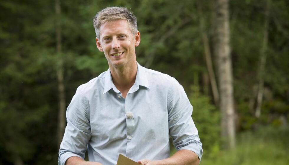 PROGRAMLEDER: Gaute Grøtta Grav er programleder for «Kjendis-Farmen». Foto TV 2