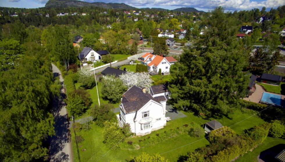 REV HUSET: Slik så Tones hus ut før det ble revet. Foto: Tor Lindseth, Se og Hør.