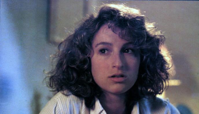 KJENNETEGN: Jennifer Greys kanskje fremste «varemerke» var den markerte nesen. Foto: Moviestore/ REX/ Shutterstock/ NTB