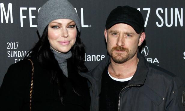 HOLDT SAMMEN: Under Sundance Film Festival søndag kveld holdt Laura og forloveden Ben Foster tett sammen. Foto: NTB scanpix