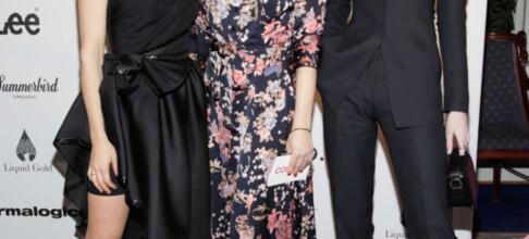 Jenny Skavlan på Costume Awards med «ukjent» modell-kusine
