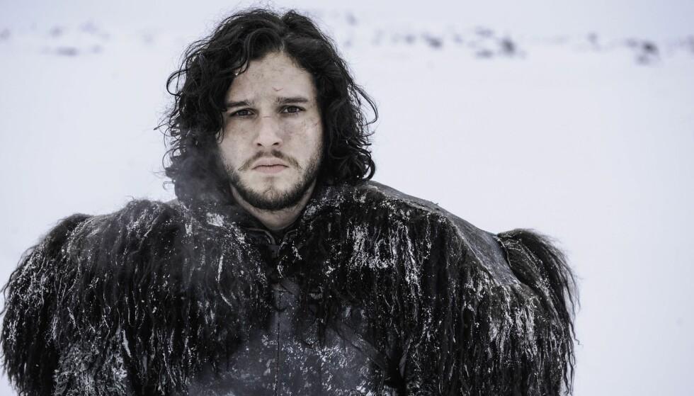 BARSK TYPE: Her er Kit som rollefiguren sin Jon Snow. Jenter verden over blir mo i knærne bare de hører dette navnet. Foto: NTB Scanpix.