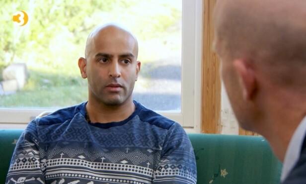 FORBILDE: Azfar vil være et forbilde for andre når det kommer til åpenheten rundt spillavhengighet. Foto: TV 3