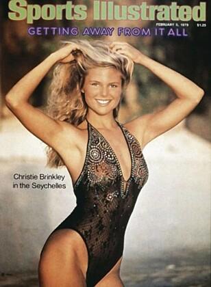 FØRSTE GANG: Det var i 1979 at Christie Brinkley prydet sin første forside av Sports Illustrated sin årlige badetøy-utgave. Foto: Faksimile