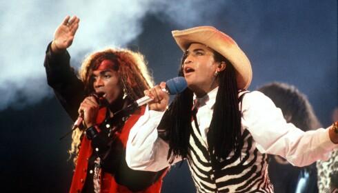 <strong>KORTVARIG GLEDE:</strong> Fab Morvan og Rob Pilatus fra duoen Milli Vanilli avslørte at de ikke sang selv, og måtte dermed levere tilbake Grammy-statuetten de fikk i 1990. Foto: NTB scanpix
