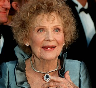 SPILTE DEN ELDRE ROSE: Gloria Stuart gikk bort for sju år siden. Foto: NTB Scanpix
