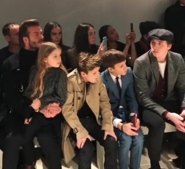 STILFULLT ANTRUKKET: David Beckham med datteren Harper og sønnene Romeo, Cruz og Brooklyn på Victorias moteshow. Foto: NTB Scanpix