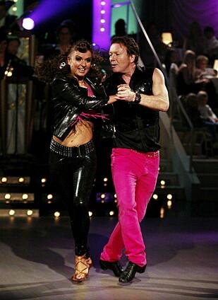 SKAL VI DANSE: I 2009 var «Charter»-Svein med på «Skal vi danse» på TV 2. Her sammen med dansepartner,  Nadya Khamitskaya. Foto: Bjørn Sigurdsøn / Scanpix.