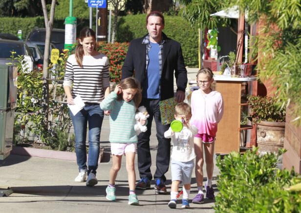 <strong>TRE BARN SAMMEN:</strong> Garner og Affleck har tre barn sammen, Violet (11), Seraphina (8) og Samuel (5). Foto: Xposure