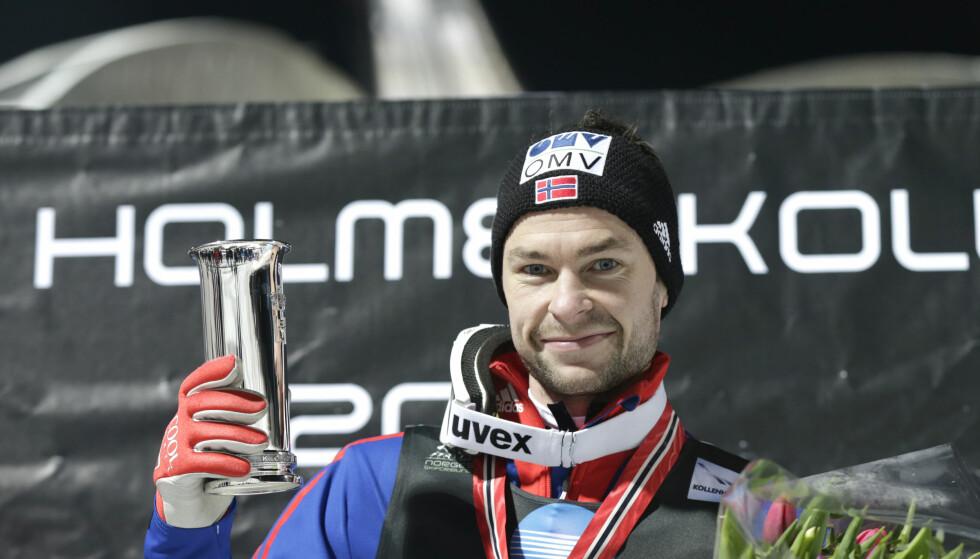 NORGESMESTER: Anders ble norgesmester i stor bake for fjerde gang da han vant NM-hopprennet i Holmekollen i 2015. Foto: Vidar Ruud / NTB scanpix