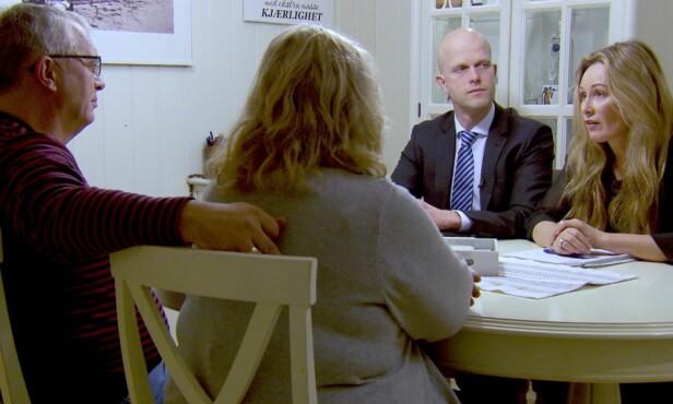 KONFRONTASJON: Det blir ikke lett for paret, særlig Mariella, å takle konfrontasjonen fra ekspertene. Foto: TV3