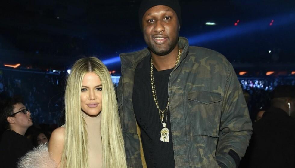 <strong>EKSPAR:</strong> Khloé Kardashian og Lamar Odom var formelt gift i syv år, før de skilte seg i fjor. Her avbildet sammen et halvt år etter sistnevntes bordell-kollaps i 2015, der han svevde mellom liv og død. Foto: Jamie McCarthy / Getty / NTB Scanpix