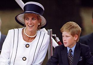 DØDE: Prins Harry var bare tolv år gammel da mora Diana døde i 1997. Foto: NTB Scanpix