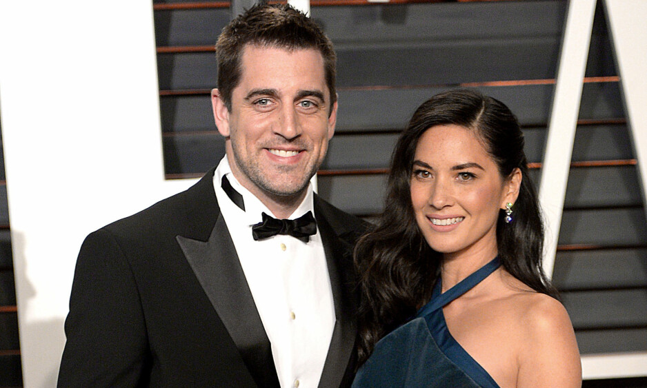 SLUTT: Her stråler duoen under Vanity Fairs fest etter Oscar utdelingen. Foto: NTB Scanpix.