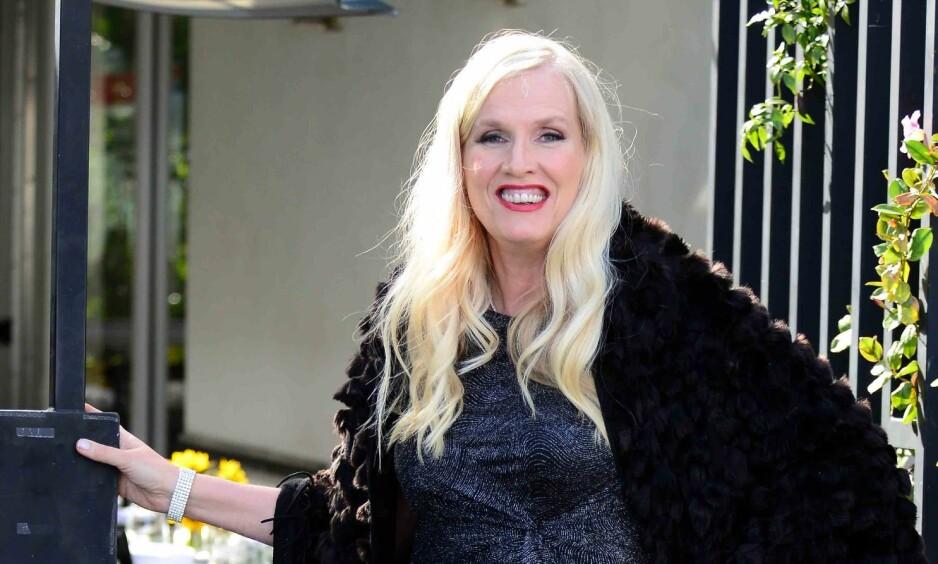 <strong><p>SNAKKER UT:</strong> TV3-stjerna Gunilla Persson er ikke ukjent med å skape overskrifter eller å få kritikk. Hun sier familien og troen har vært viktige faktorer for å komme seg gjennom sirkuset. Foto: TV3/Susanne Kindt  </p>
