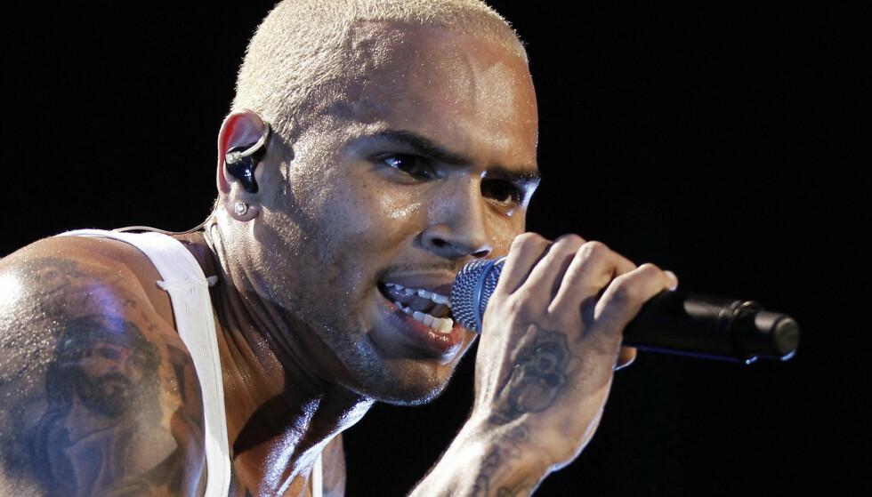 PÅGREPET: Den amerikanske artisten Chris Brown er blitt pågrepet i Paris, mistenkt for voldtekt. Foto: NTB scanpix