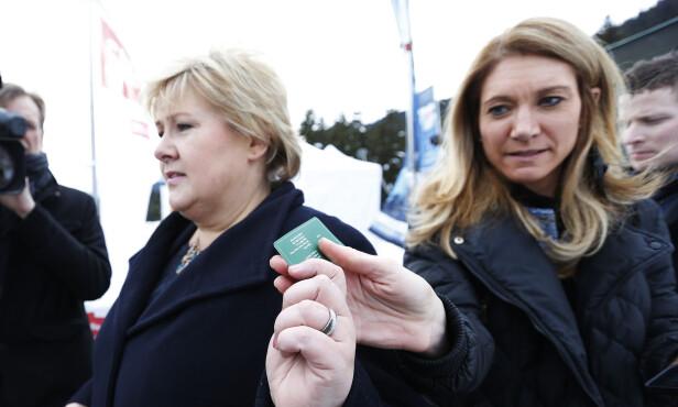 16 ÅR FOR HØYRE: Julie var i en årrekke Erna Solbergs nærmeste rådgiver. Hun valgte å tre ut av politikken i fjor. Foto: Lise Åserud / NTB scanpix