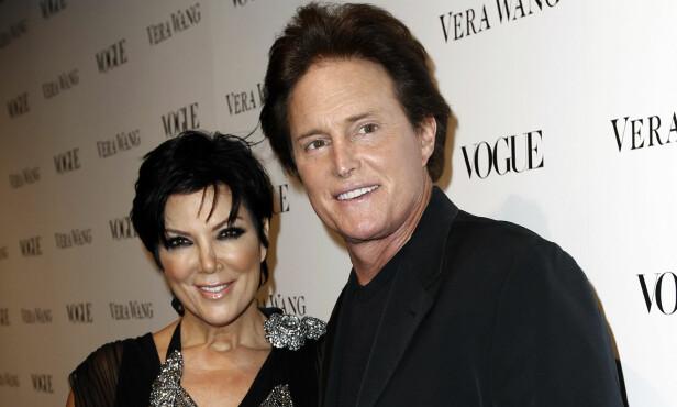 KONFLIKT: Kris og Bruce Jenner var gift i 24 år. Forholdet tok sluttet etter at Bruce byttet kjønn og ble Caitlyn Jenner. Her avbildet under gallamiddag arrangert av Vogue i 2010. Foto: Matt Sayles / NTB Scanpix