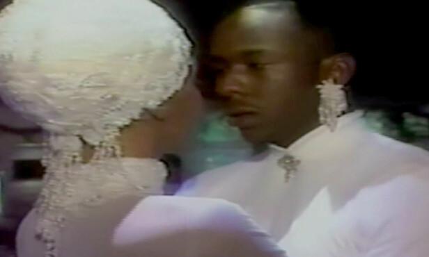 <strong>DRØMMEBRYLLUP:</strong> Slik så det ut da Whitney giftet seg med Bobby Brown i 1992. Foto: Splash News
