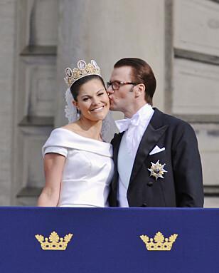 LYKKELIG: Etter et tøft år med sykdom og operasjon var lykken stor da Victoria og Daniel giftet seg i 2010. Foto: NTB scanpix