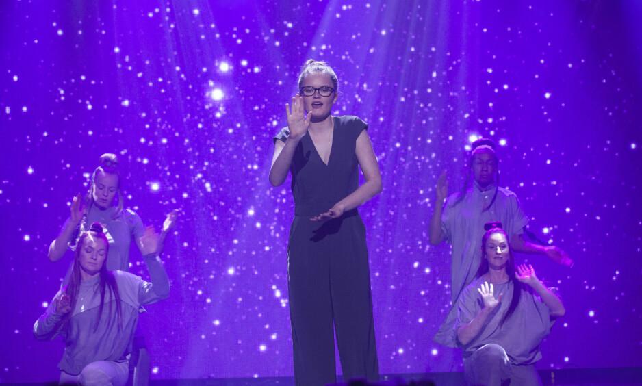 VANT EN HALV MILLION KRONER: Vilde Winge toket låta «Stjernene» av Ingebjørg Bratland og Lars Vaular. Foto: TV 2