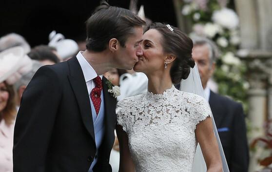 <strong>STRÅLTE:</strong> Pippa Middleton var et eneste stort smil etter bryllupet. Foto: NTB Scanpix