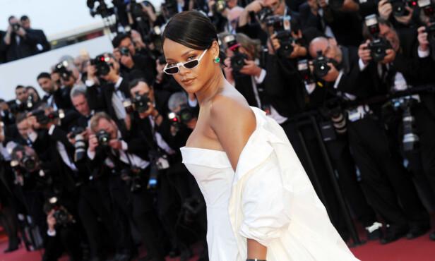 POPULÆR: Rihanna er en av verdens mestselgende artister. Den siste tiden har hun fått kritikk for vekten sin. Det finner hun seg derimot ikke i. Dette bildet ble tatt i Cannes nylig, på rød løper. Foto: NTB scanpix