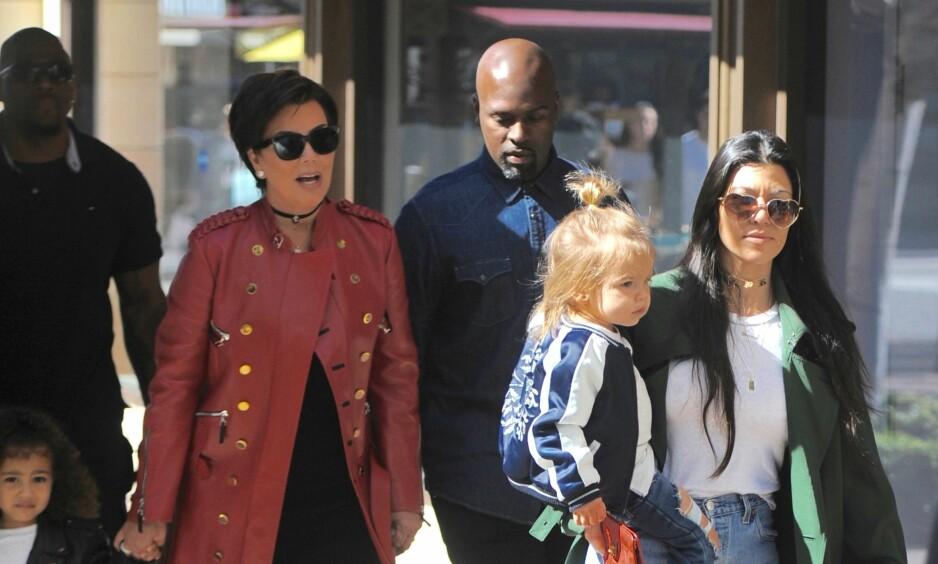 ADVARER BARNEBARNA: Kris Jenner har bedt barnebarna holde seg unna internett for å unngå at de skal føle seg mobbet. Foto: NTB Scanpix