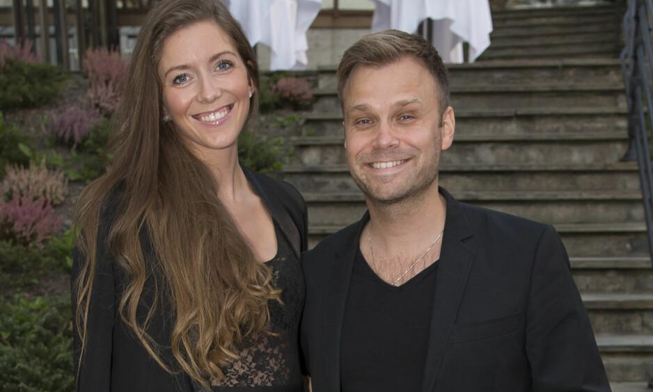 LIKE MODNE: Det er nesten 15 år som skiller Christian Ingebrigtsen og Martine Dønheim, men paret bryr seg ikke om den store aldersforskjellen. Foto: Tore Skaar / Se og Hør