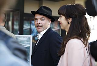 Jono El Grande giftet seg